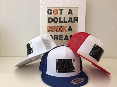 Add a Cliche Caps von Ray Moore im Shop bei MuniqueART